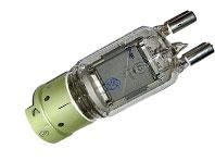 Лампа ГУ 81 М генераторный триод