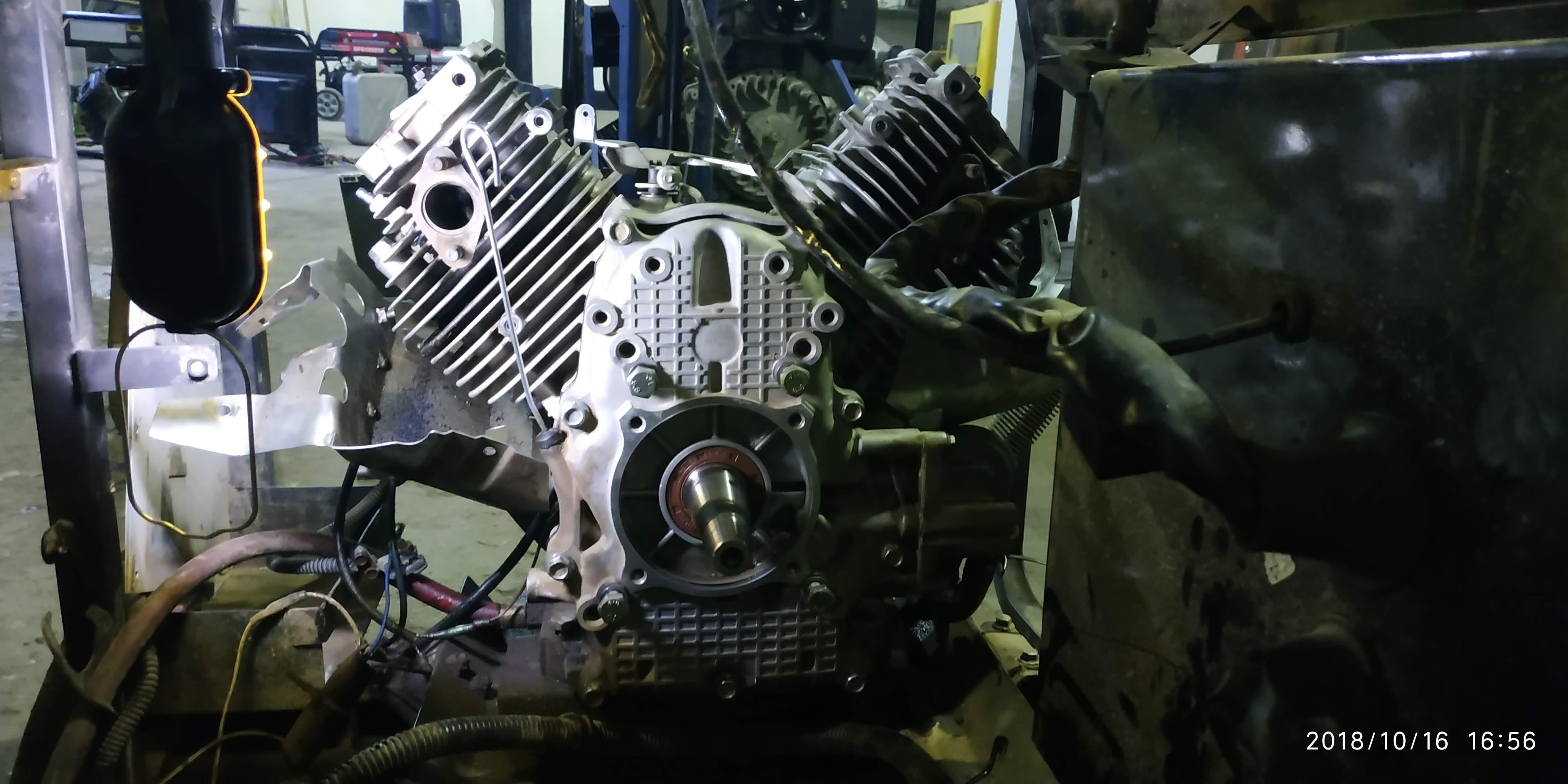 Замена поршневых колец в бензогенераторе c  двигателем HONDA GX 620 в Жуковском
